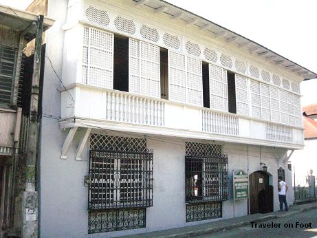 agoncillo-facade.jpg