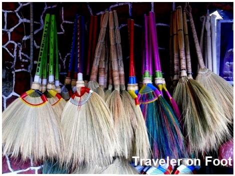 Baguio walis tambo