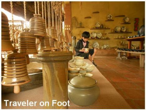 Ugo Bigyan pottery store
