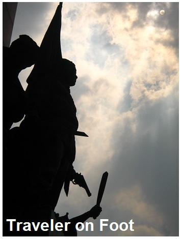 Monumento Bonifacio Day
