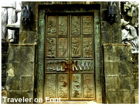 mount-samat-abueva-door
